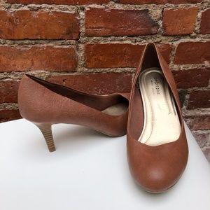 Shoes - Payless Comfort Plus Brown Heels